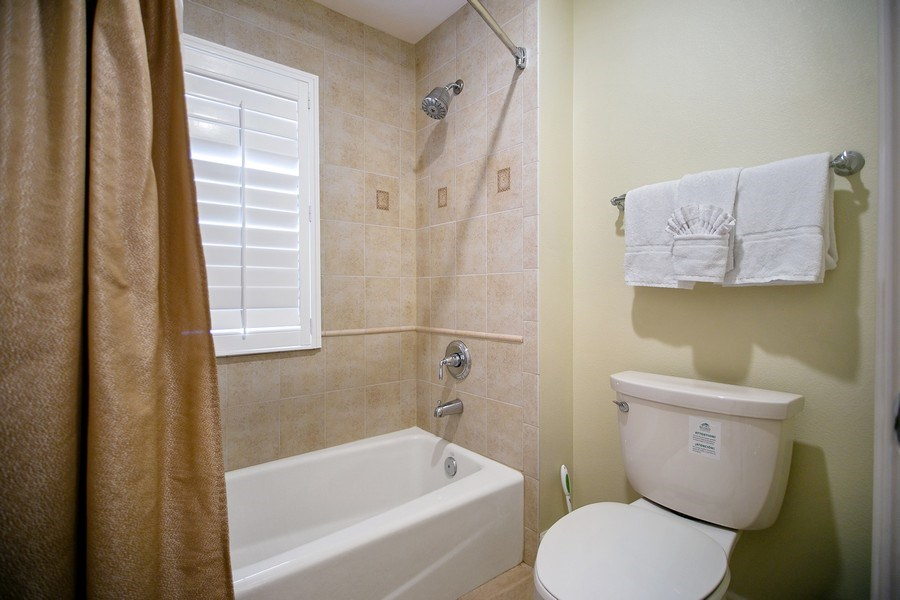 Real Estate Photography - 1364 Centre Court Ridge unit 104, Kissimmee, FL, 34747 - 2nd Bedroom