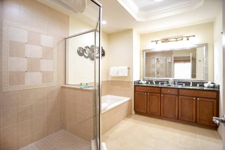 Real Estate Photography - 7601 Cabana Ct Unit 401, Reunion, FL, 34747 - Master Bathroom