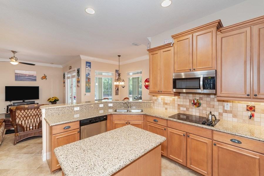 Real Estate Photography - 2047 Tillman Ave, Winter Garden, FL, 34787 - Kitchen