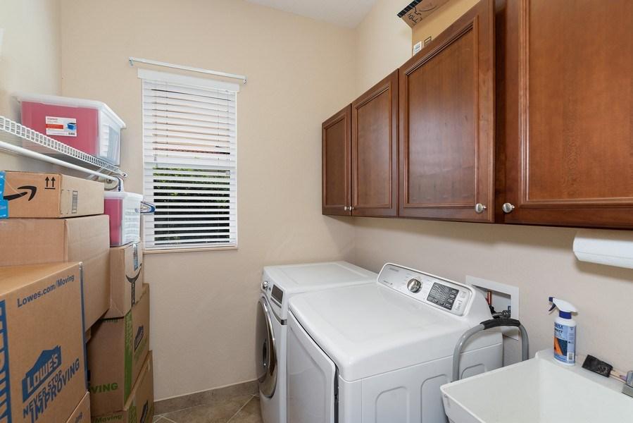 Real Estate Photography - 2047 Tillman Ave, Winter Garden, FL, 34787 - Laundry Room