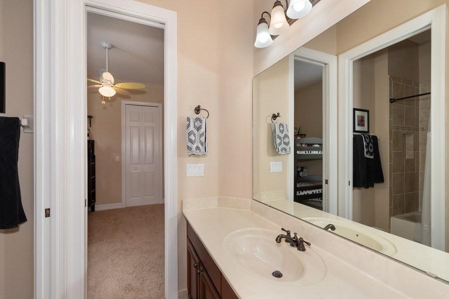 Real Estate Photography - 2047 Tillman Ave, Winter Garden, FL, 34787 - 2nd Bathroom