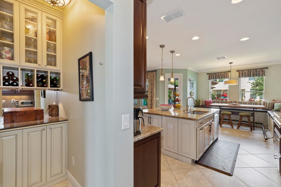 Real Estate Photography - 9046 Reflection Pointe Dr, Windermere, FL, 34786 - Kitchen