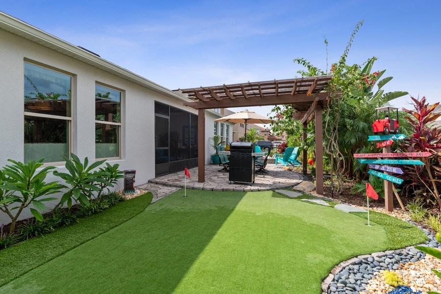Real Estate Photography - 9046 Reflection Pointe Dr, Windermere, FL, 34786 - Back Yard