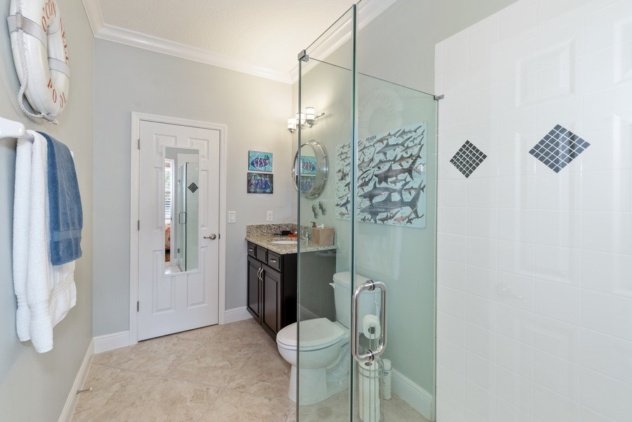 Real Estate Photography - 9046 Reflection Pointe Dr, Windermere, FL, 34786 - 2nd Bathroom