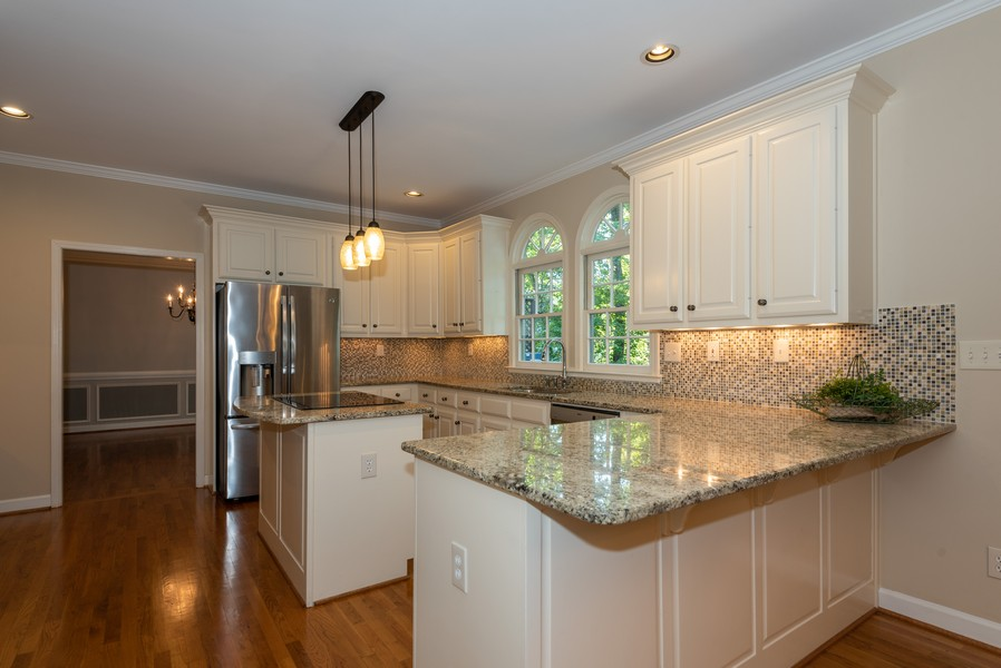 Real Estate Photography - 304 W Country Drive, Johns Creek, GA, 30097 - Kitchen