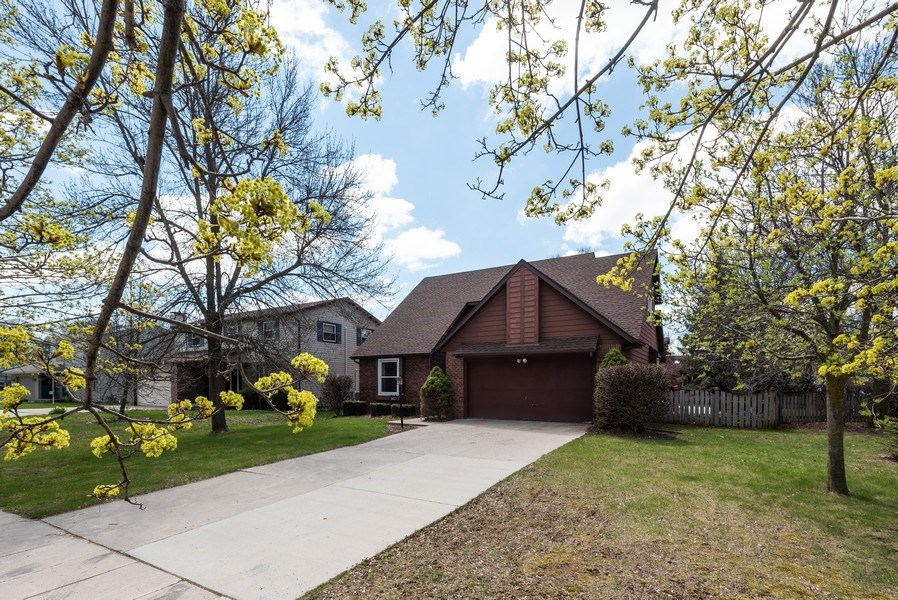 Real Estate Photography - 3815 Michigan Avenue, Manitowoc, WI, 54220 - Front View