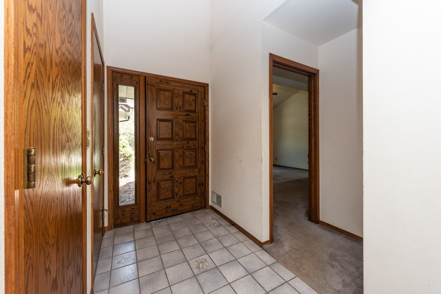 Real Estate Photography - 3815 Michigan Avenue, Manitowoc, WI, 54220 - Entryway