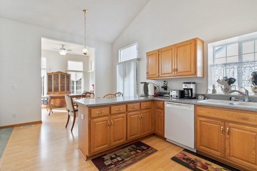 Real Estate Photography - 233 N Harbor Landing, Braidwood, IL, 60408 - Kitchen