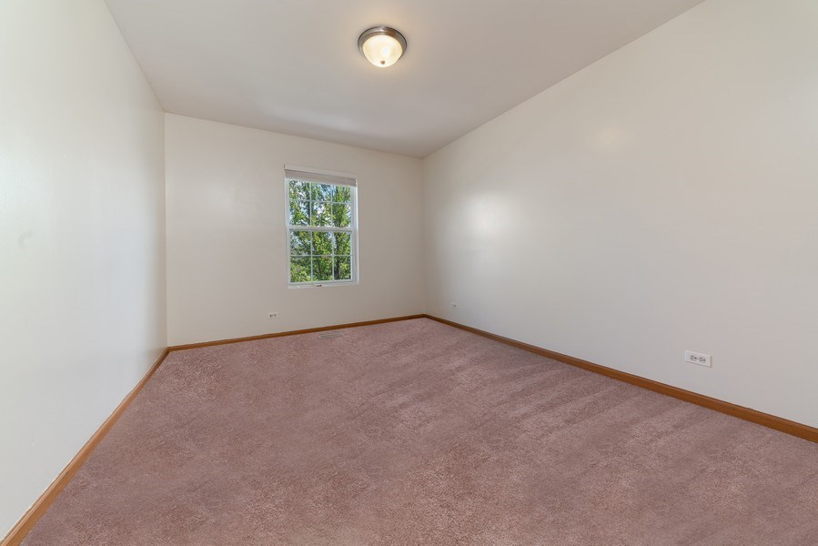 Real Estate Photography - 131 Springbrook Trail South, Oswego, IL, 60543 - 2nd Bedroom