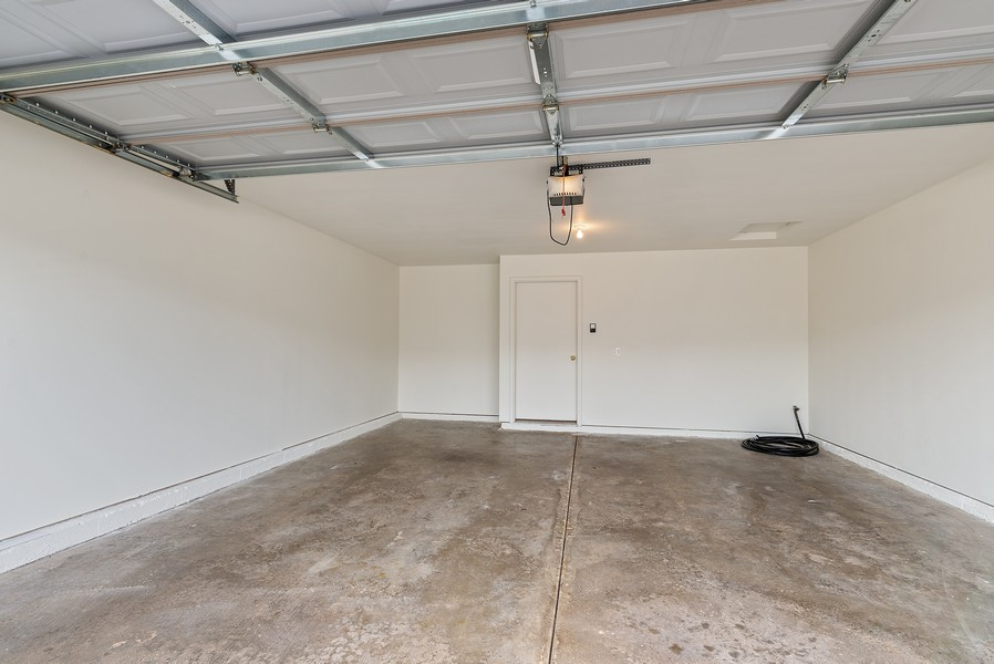 Real Estate Photography - 949 Penny Ln, Sycamore, IL, 60178 - Garage