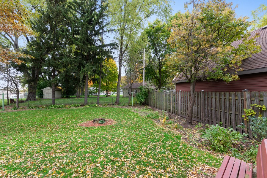 Real Estate Photography - 715 W State St, Sycamore, IL, 60178 - Back Yard