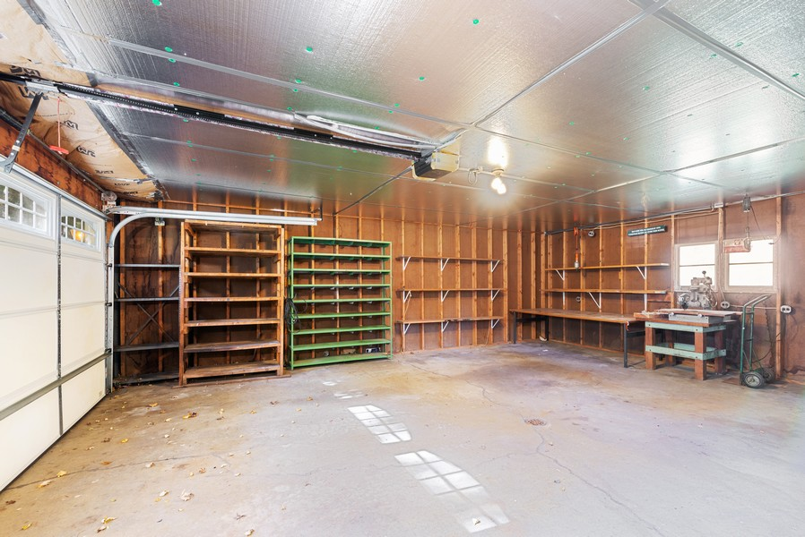 Real Estate Photography - 715 W State St, Sycamore, IL, 60178 - Garage
