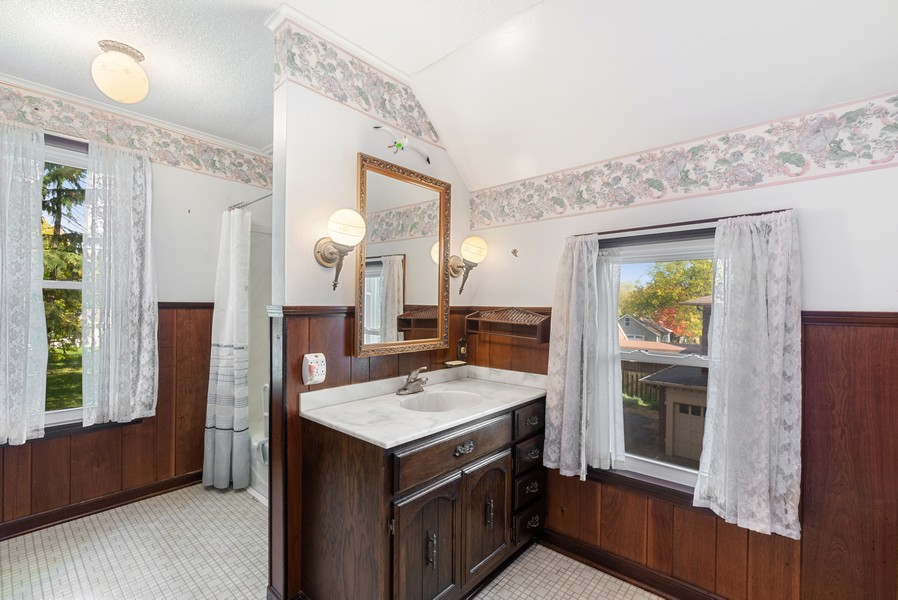 Real Estate Photography - 715 W State St, Sycamore, IL, 60178 - 2nd Bathroom