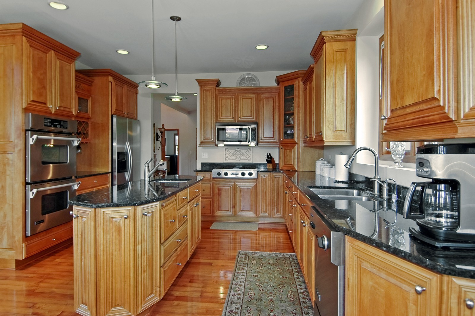 Real Estate Photography - 6513 Sweet Bay Drive, McHenry, IL, 60050 - Kitchen