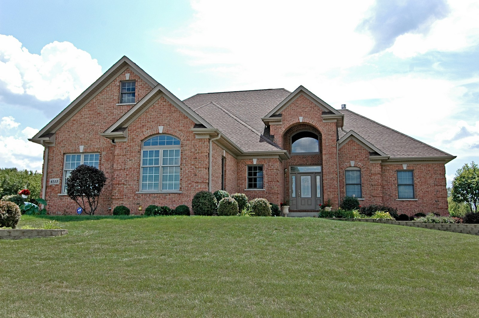 Real Estate Photography - 6513 Sweet Bay Drive, McHenry, IL, 60050 - Front View