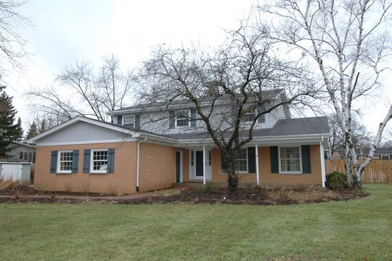 Real Estate Photography - 120 S Deerpath Rd, Barrington, IL, 60010 - Front View