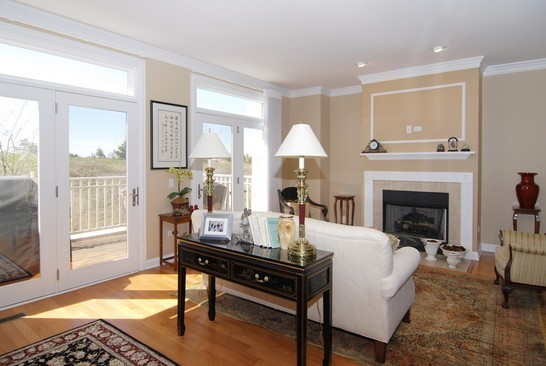 Real Estate Photography - 1881 Admiral Ct, Glenview, IL, 60026 - Living Room