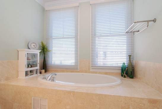 Real Estate Photography - 1881 Admiral Ct, Glenview, IL, 60026 - Master Bathroom