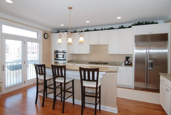 Real Estate Photography - 1881 Admiral Ct, Glenview, IL, 60026 - Kitchen