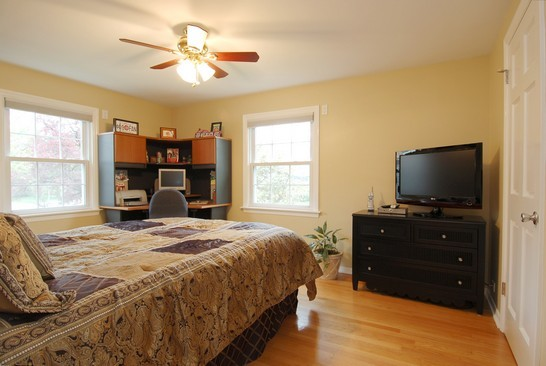 Real Estate Photography - 793 Forest Ave, Glen Ellyn, IL, 60137 - 2nd Bedroom