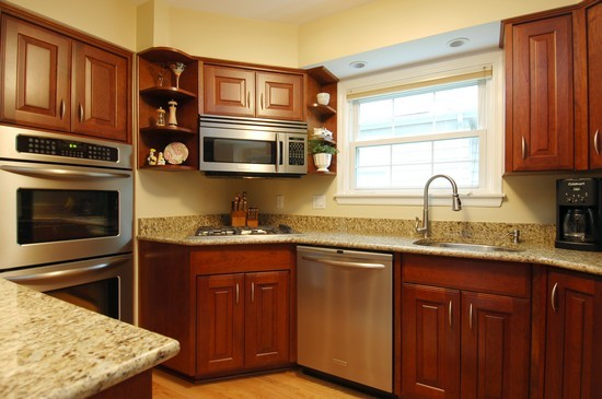 Real Estate Photography - 793 Forest Ave, Glen Ellyn, IL, 60137 - Kitchen