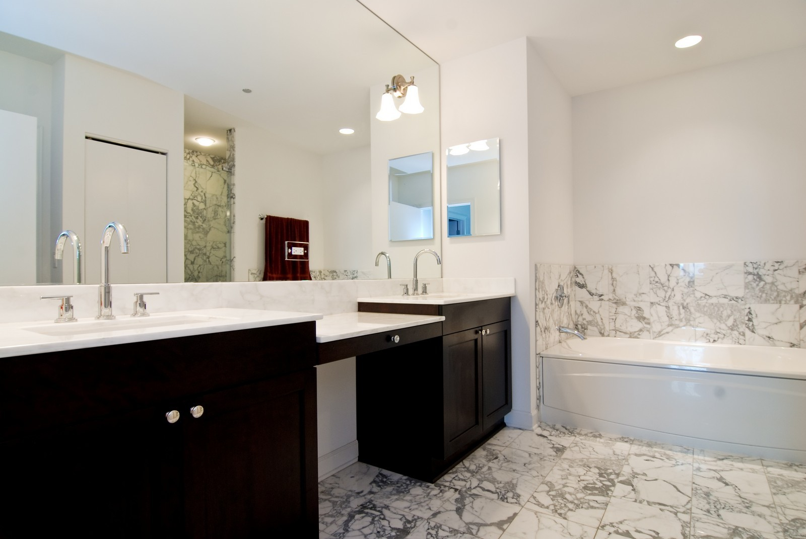Real Estate Photography - 1211 S Prairie, 4001, Chicago, IL, 60605 - Master Bathroom