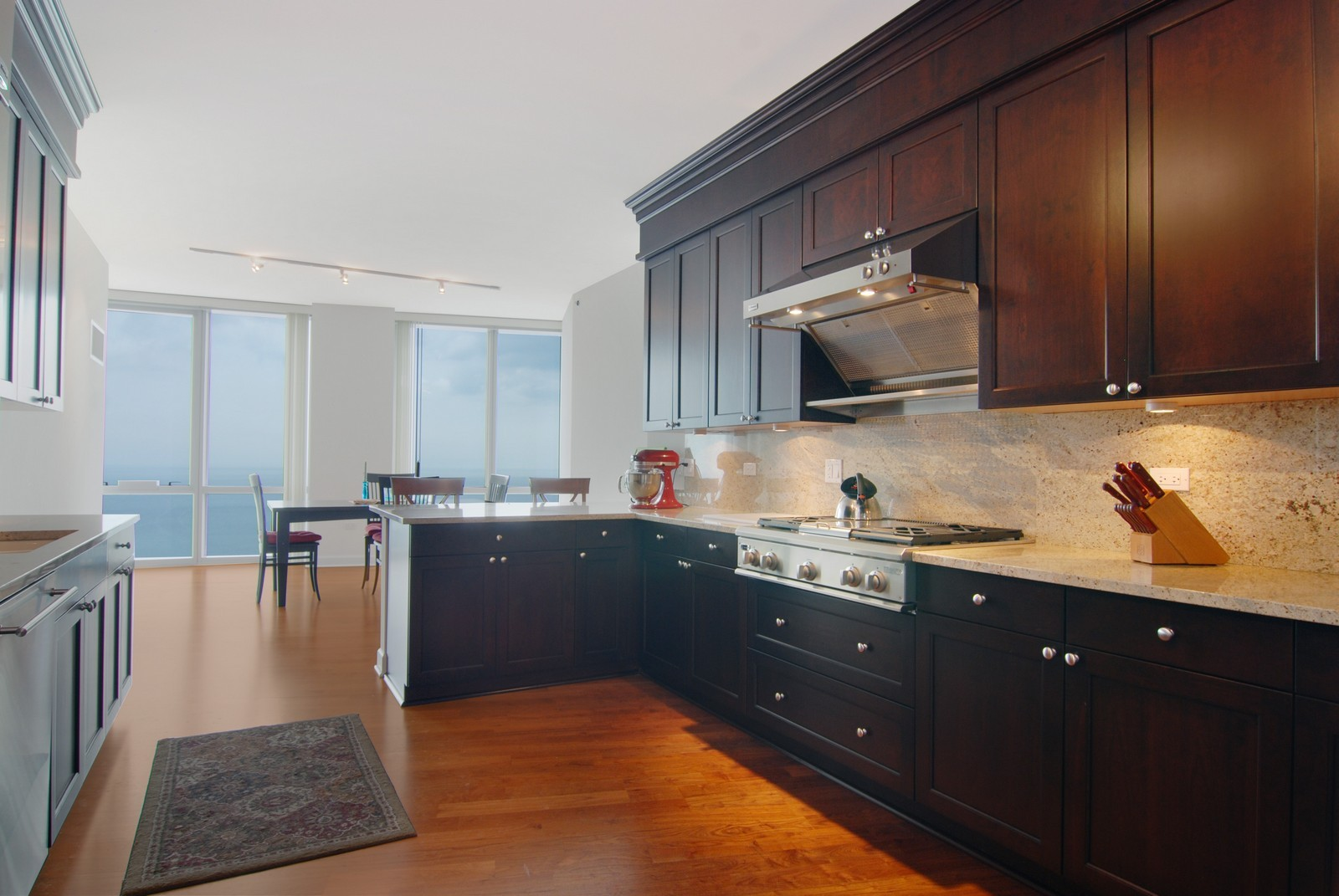 Real Estate Photography - 1211 S Prairie, 4001, Chicago, IL, 60605 - Kitchen / Breakfast Room