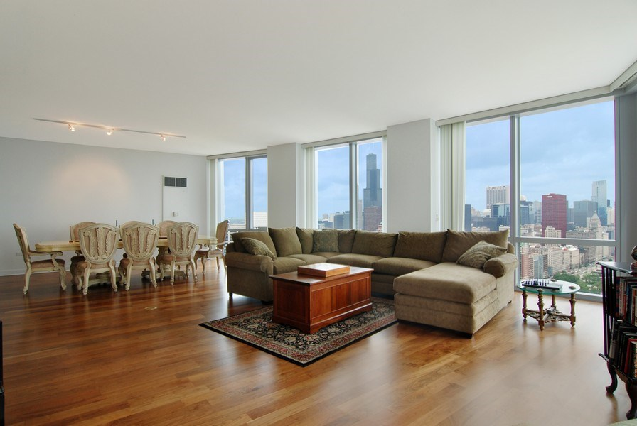 Real Estate Photography - 1211 S Prairie, 4001, Chicago, IL, 60605 - Living Room / Dining Room