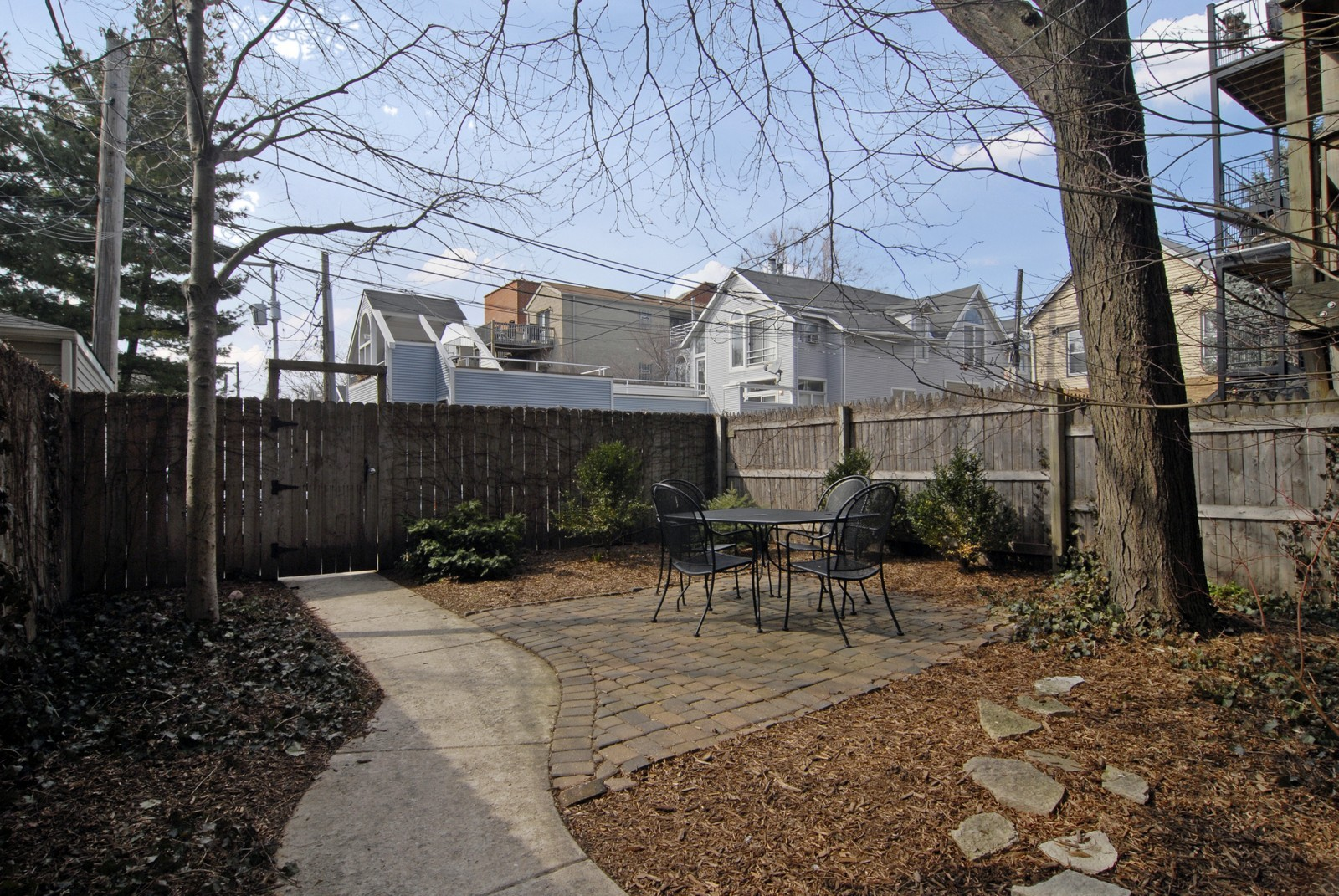 Real Estate Photography - 2646 N Seminary, Unit 1, Chicago, IL, 60614 - Back Yard