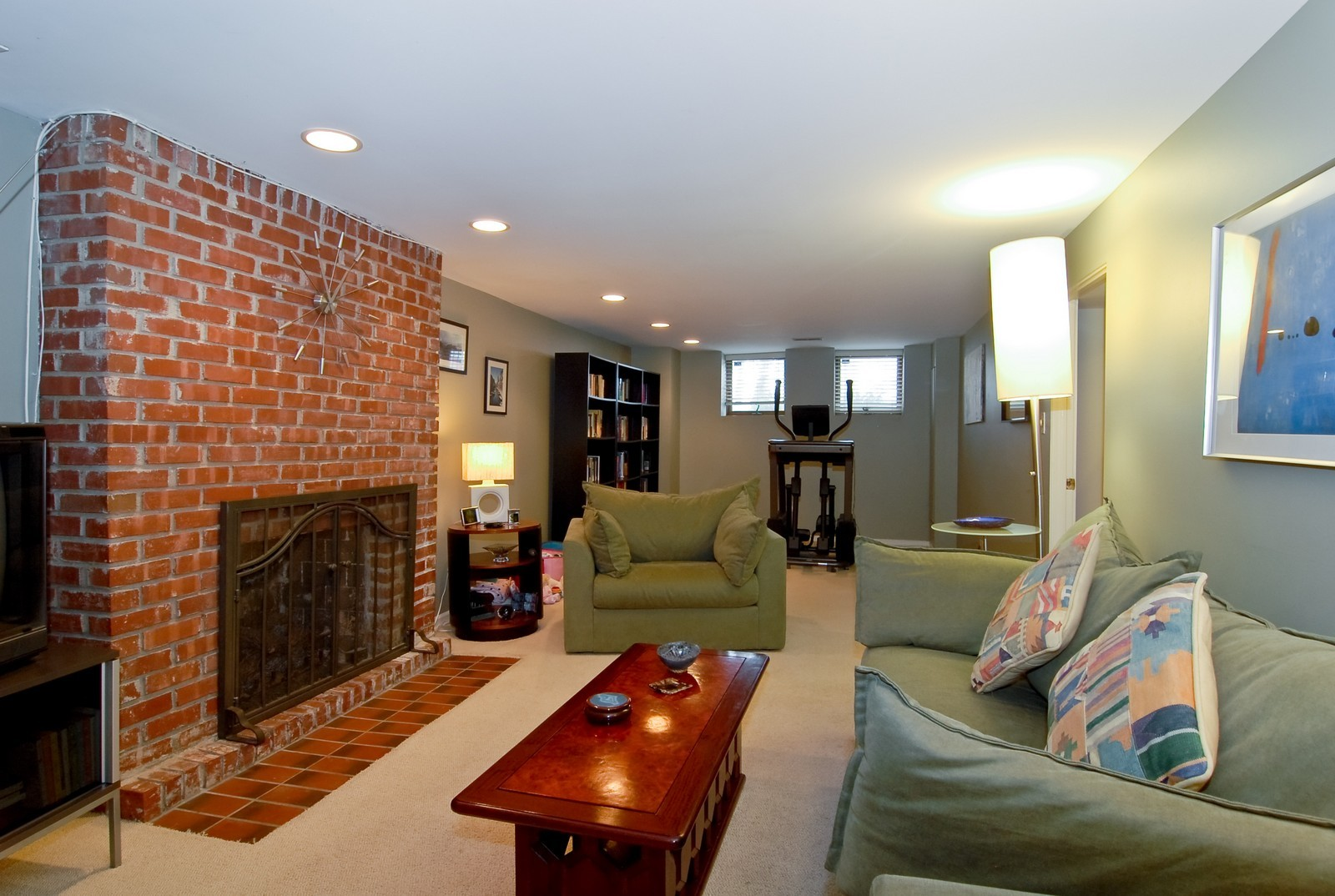 Real Estate Photography - 2646 N Seminary, Unit 1, Chicago, IL, 60614 - Family Room