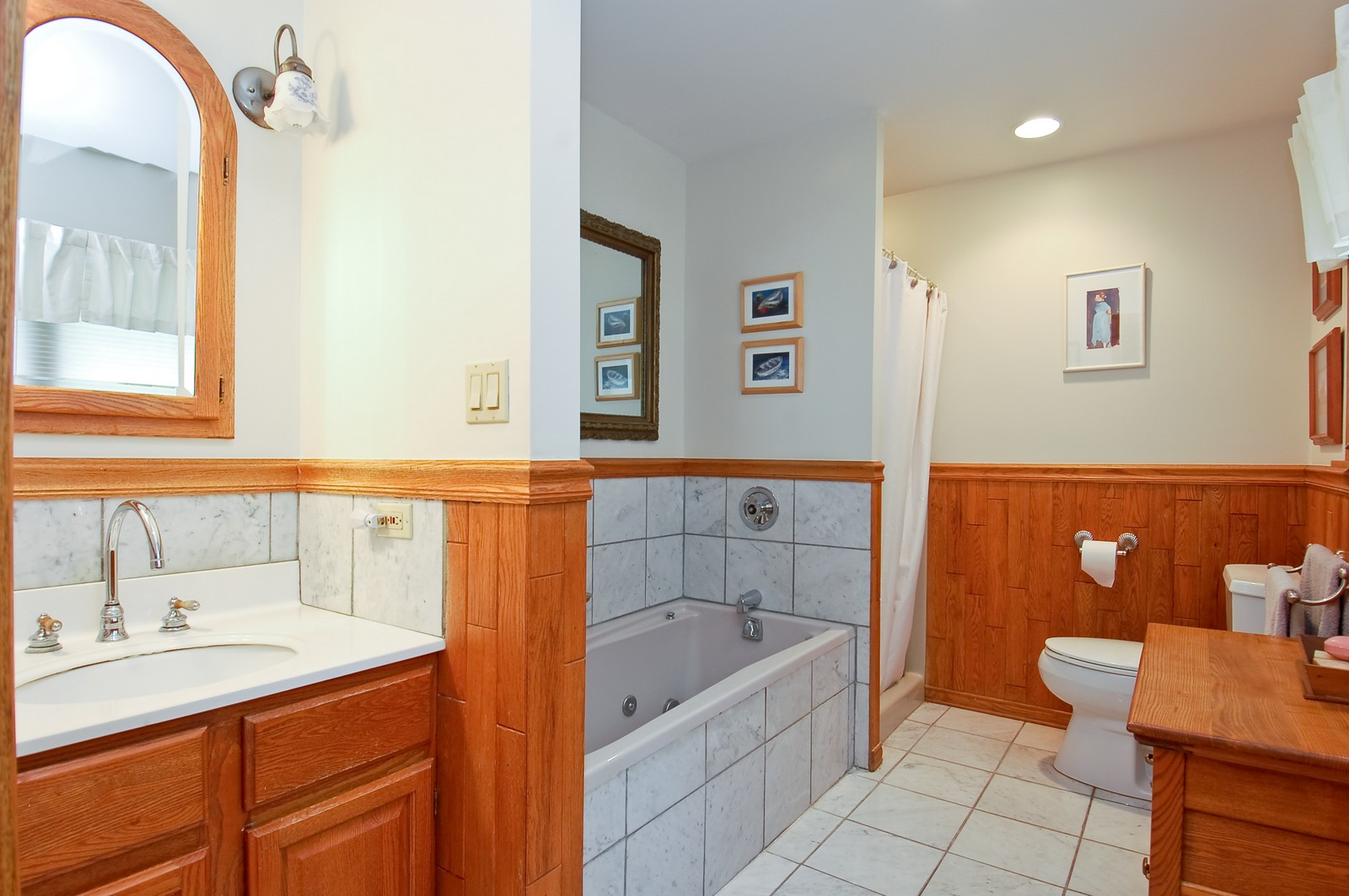 Real Estate Photography - 4325 Central Ave, Western Springs, IL, 60558 - Master Bathroom