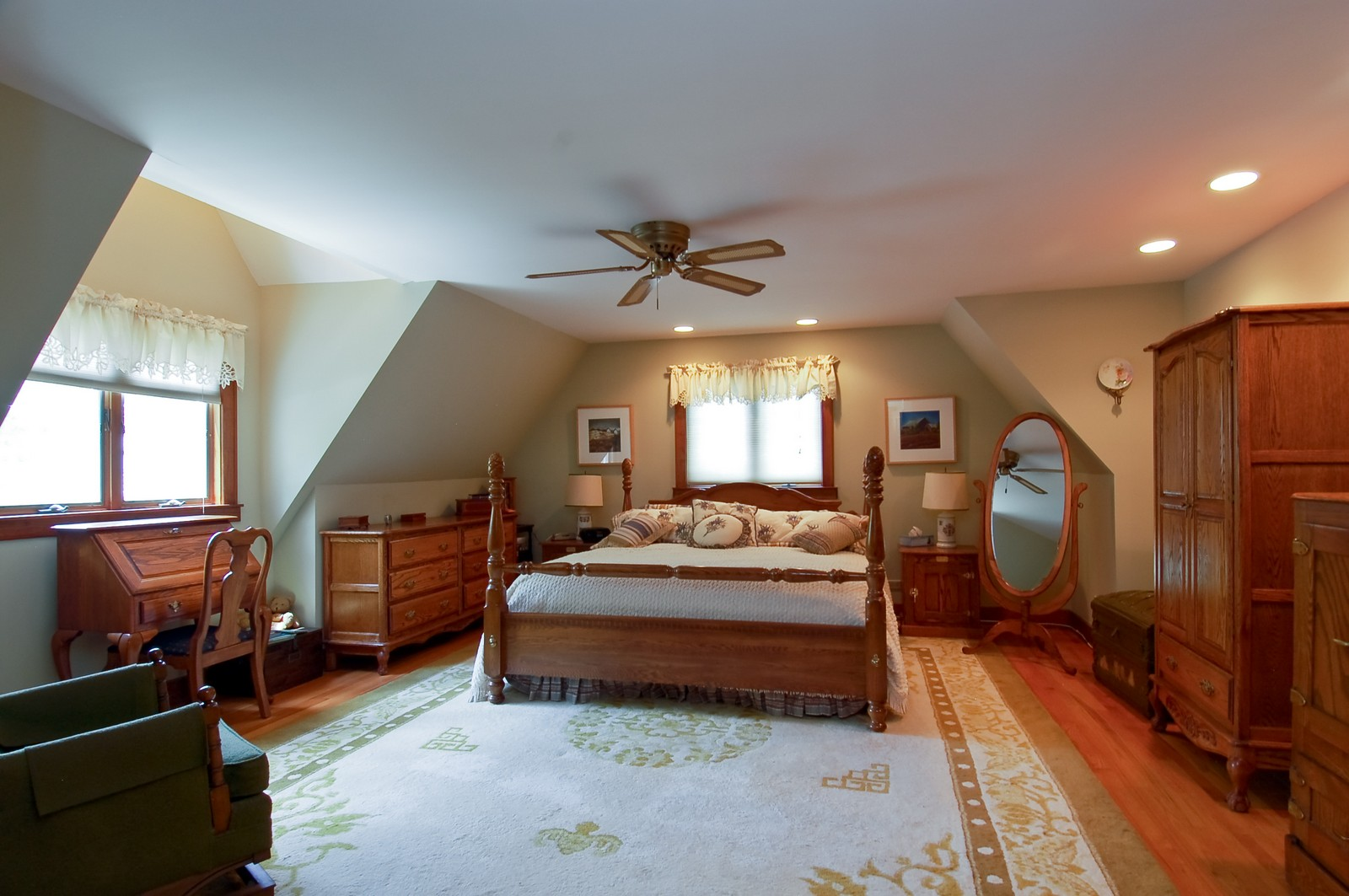 Real Estate Photography - 4325 Central Ave, Western Springs, IL, 60558 - Master Bedroom