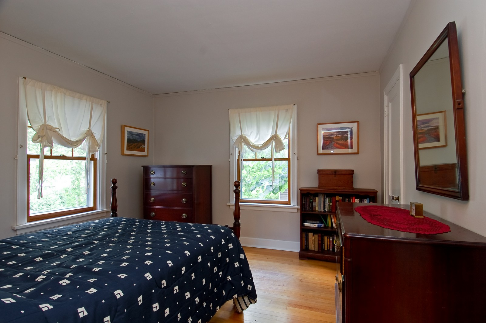 Real Estate Photography - 4325 Central Ave, Western Springs, IL, 60558 - 3rd Bedroom