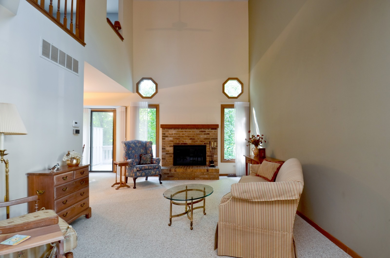 Real Estate Photography - 0S764 Jefferson Ct, Winfield, IL, 60190 - Living Room