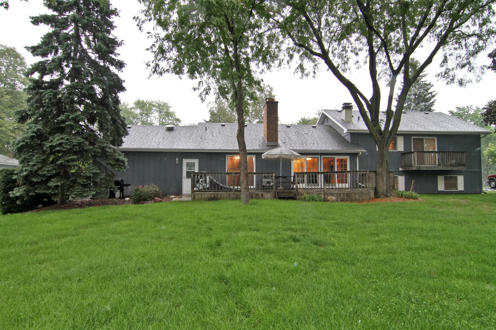 Real Estate Photography - 6200 Janes Ave, Downers Grove, IL, 60516 - Rear View