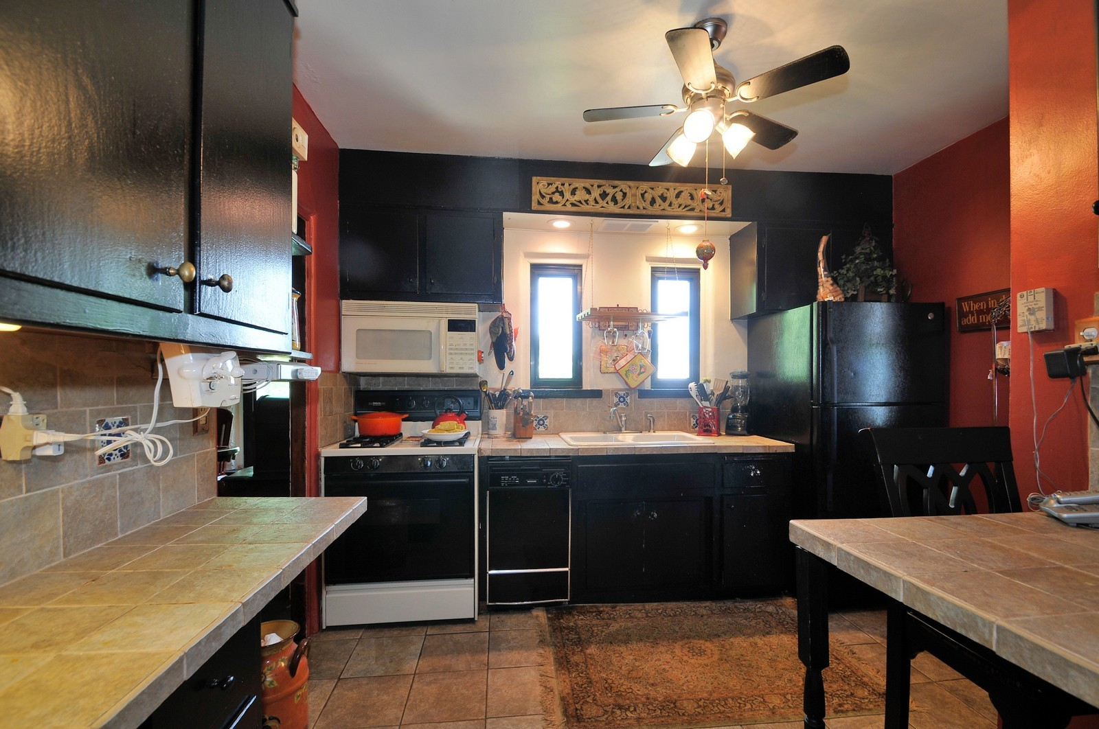 Real Estate Photography - 5749 W Manton, Chicago, IL, 60646 - Kitchen