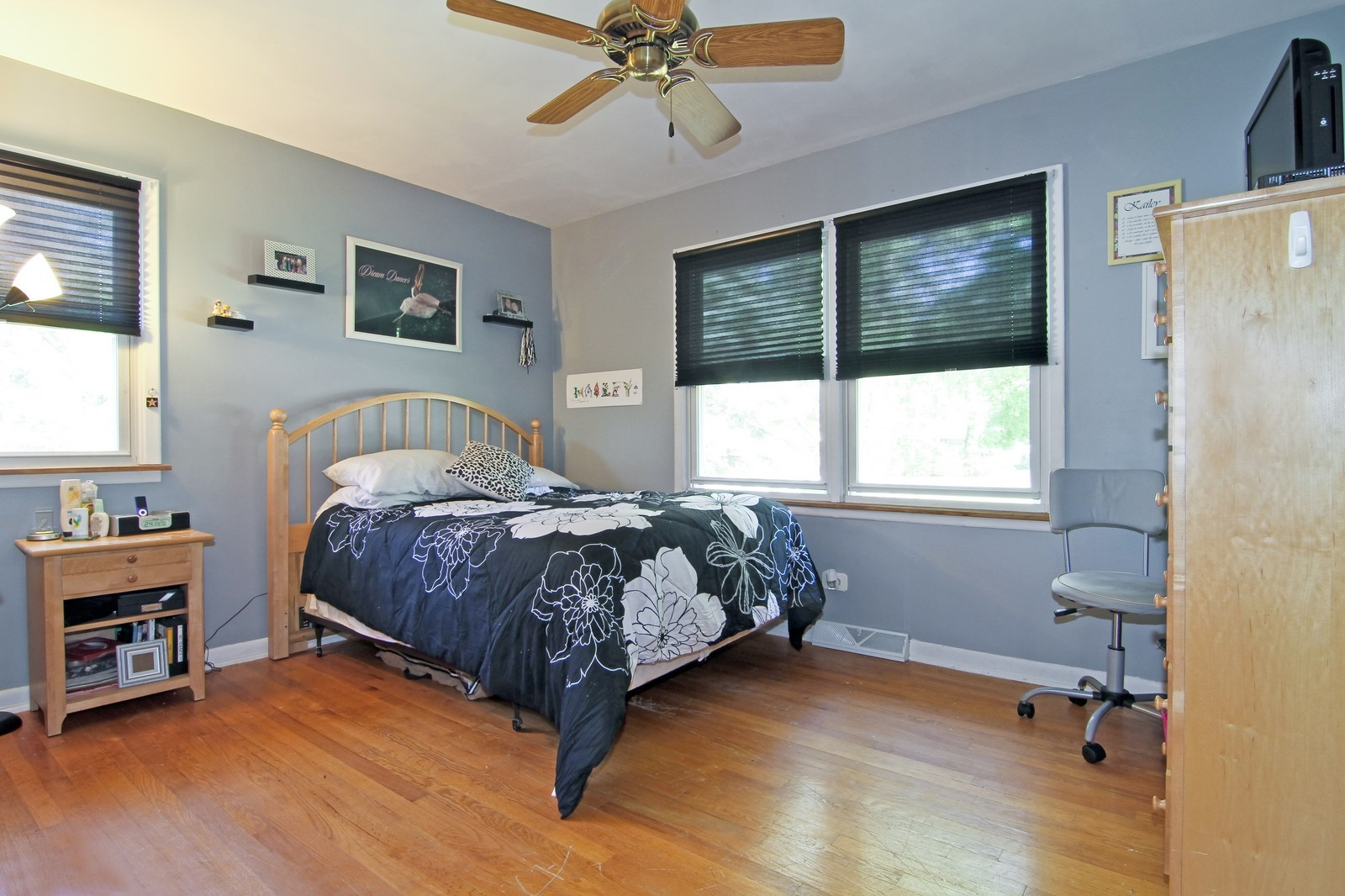 Real Estate Photography - 632 S. Lalonde Ave, Lombard, IL, 60148 - Bedroom