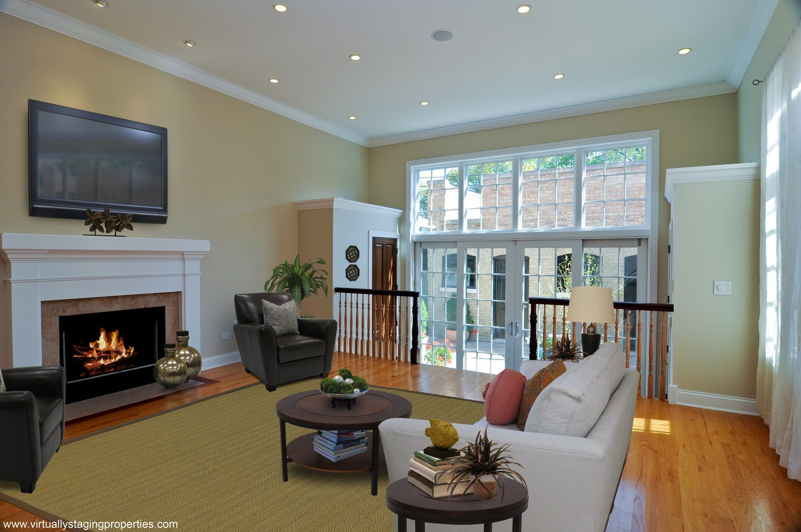 Real Estate Photography - 2247 N Clifton, Chicago, IL, 60614 - Family Room