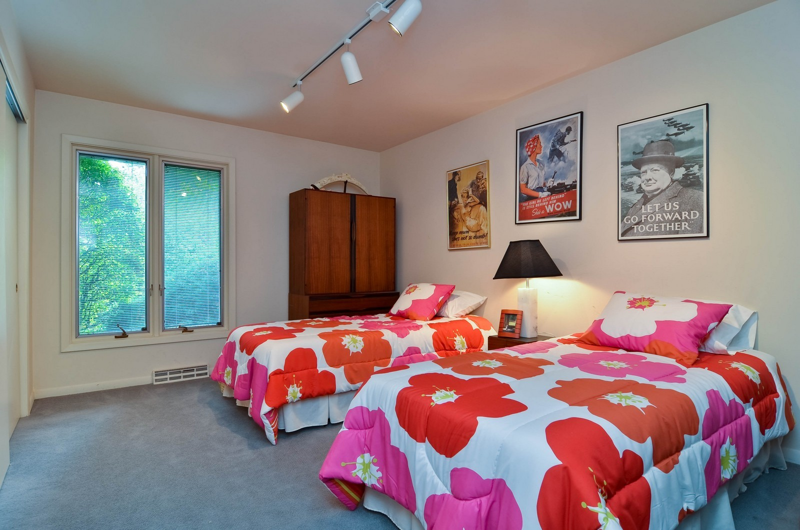 Real Estate Photography - 2265 Cedar, Northbrook, IL, 60062 - 3rd Bedroom