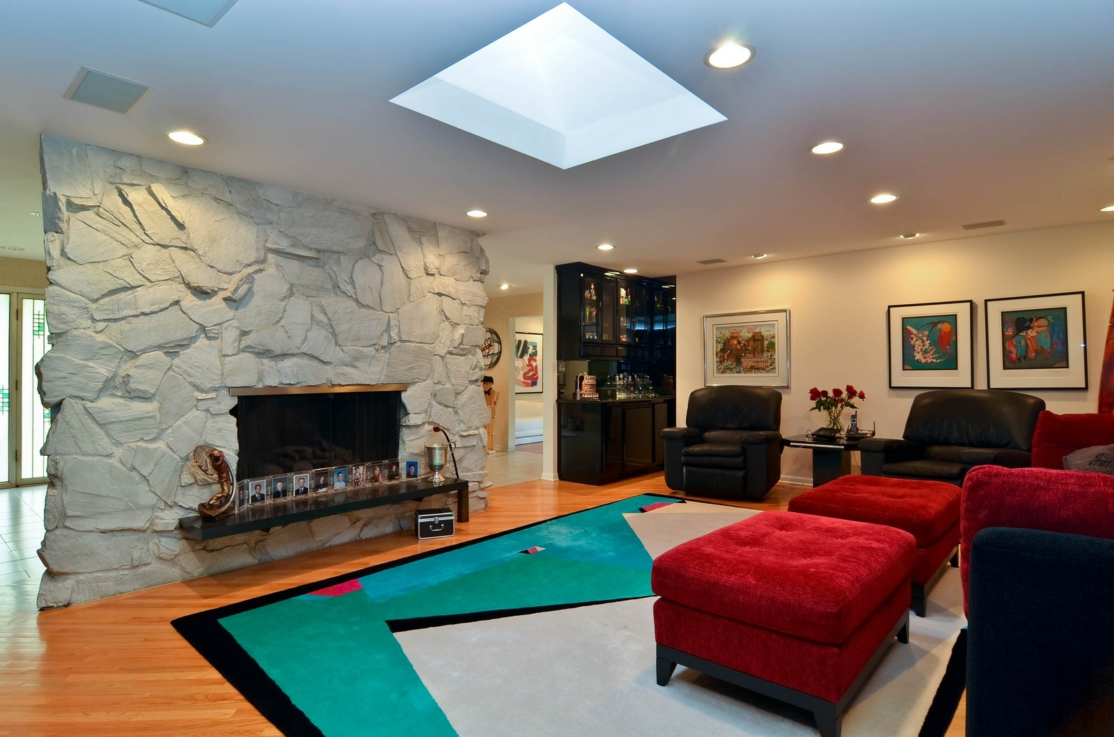 Real Estate Photography - 2265 Cedar, Northbrook, IL, 60062 - Family Room