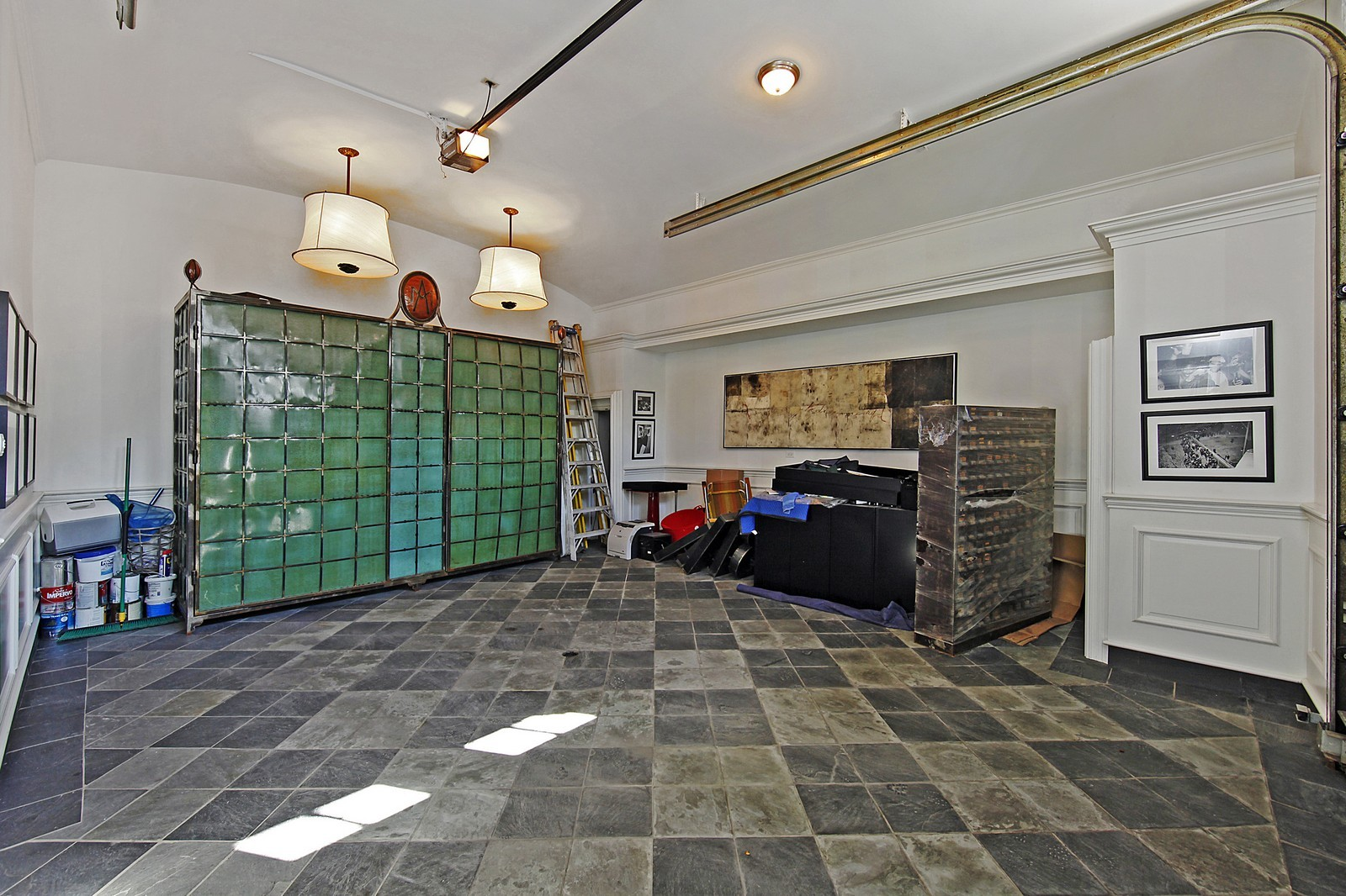 Real Estate Photography - 1424 W Ohio St, Chicago, IL, 60622 - Garage