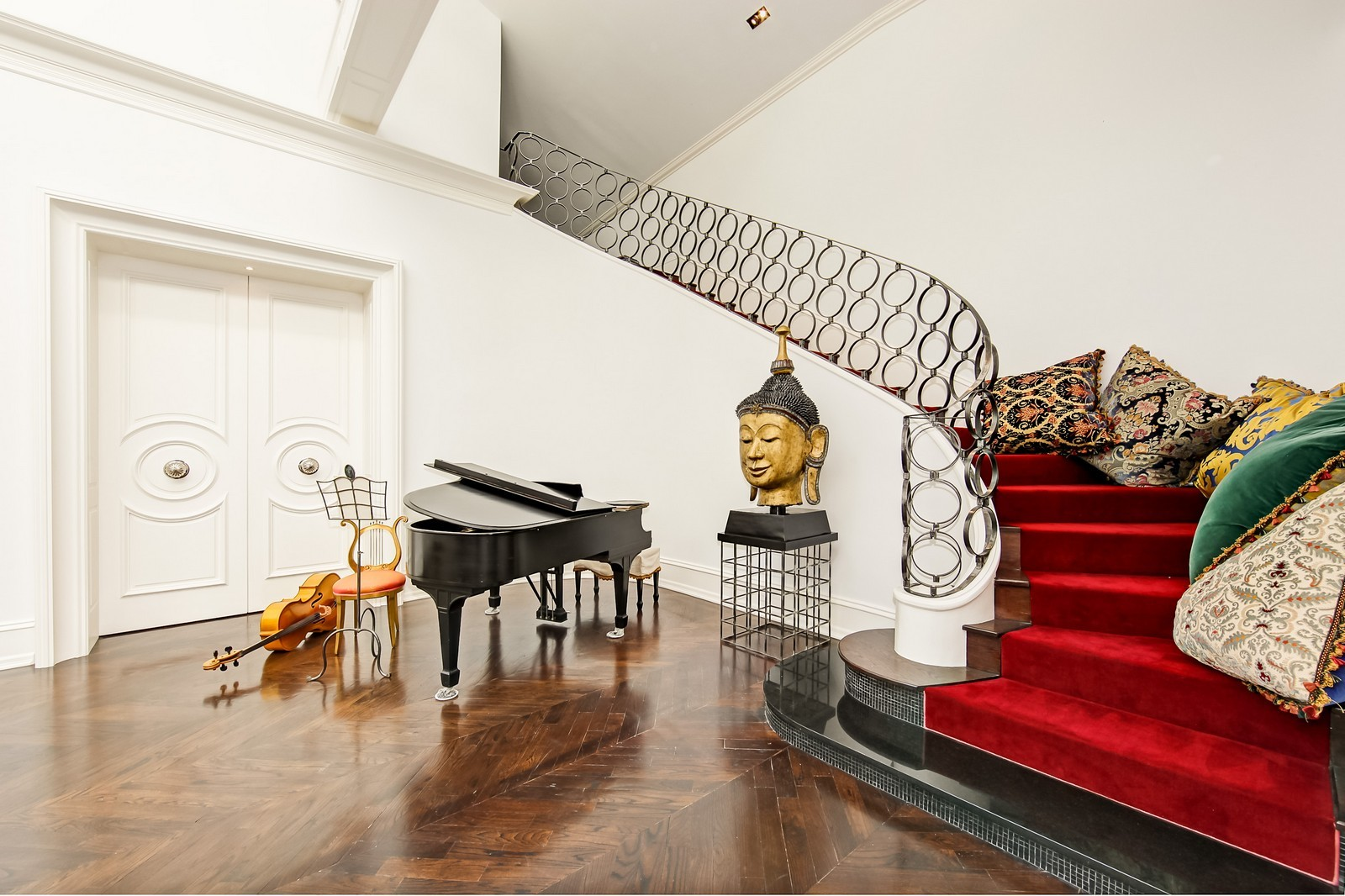 Real Estate Photography - 1424 W Ohio St, Chicago, IL, 60622 - Staircase