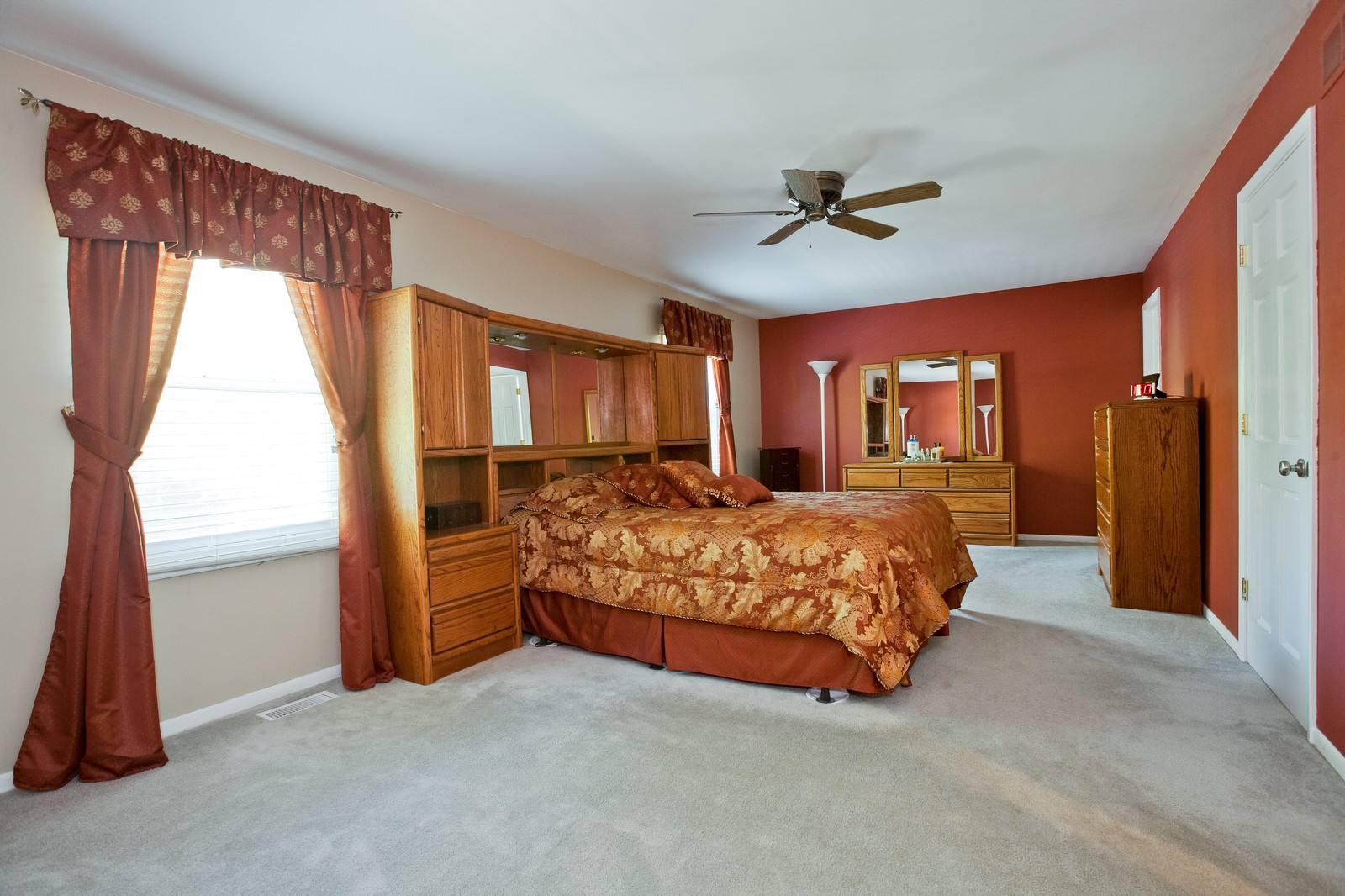 Real Estate Photography - 6511 Terrace, Downers Grove, IL, 60516 - Master Bedroom