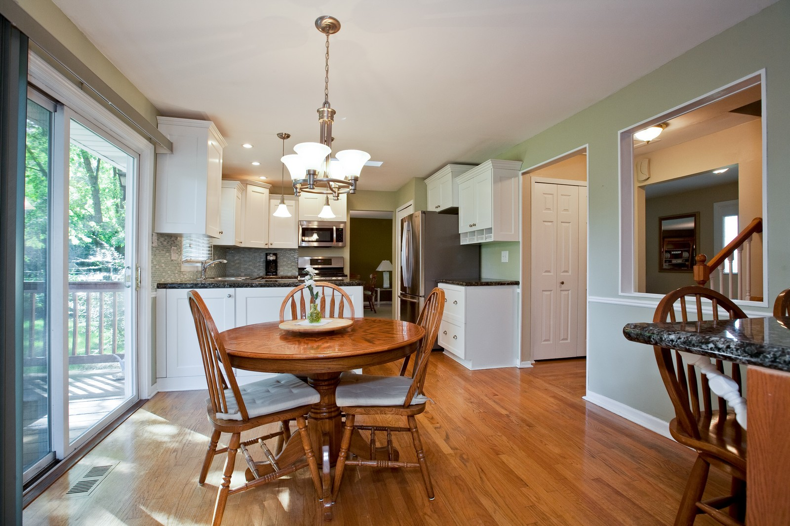 Real Estate Photography - 6511 Terrace, Downers Grove, IL, 60516 - Kitchen / Breakfast Room