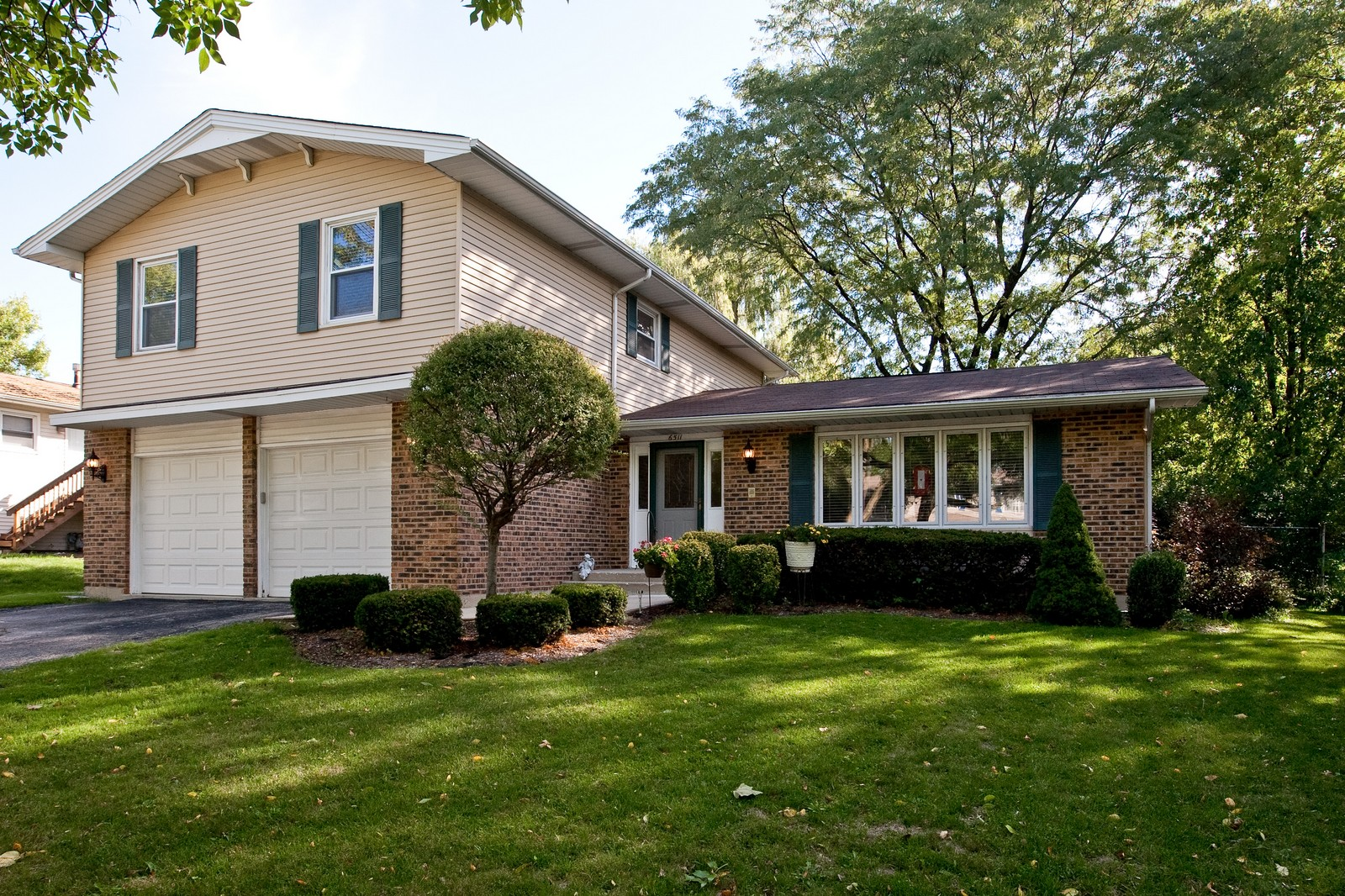 Real Estate Photography - 6511 Terrace, Downers Grove, IL, 60516 - Front View