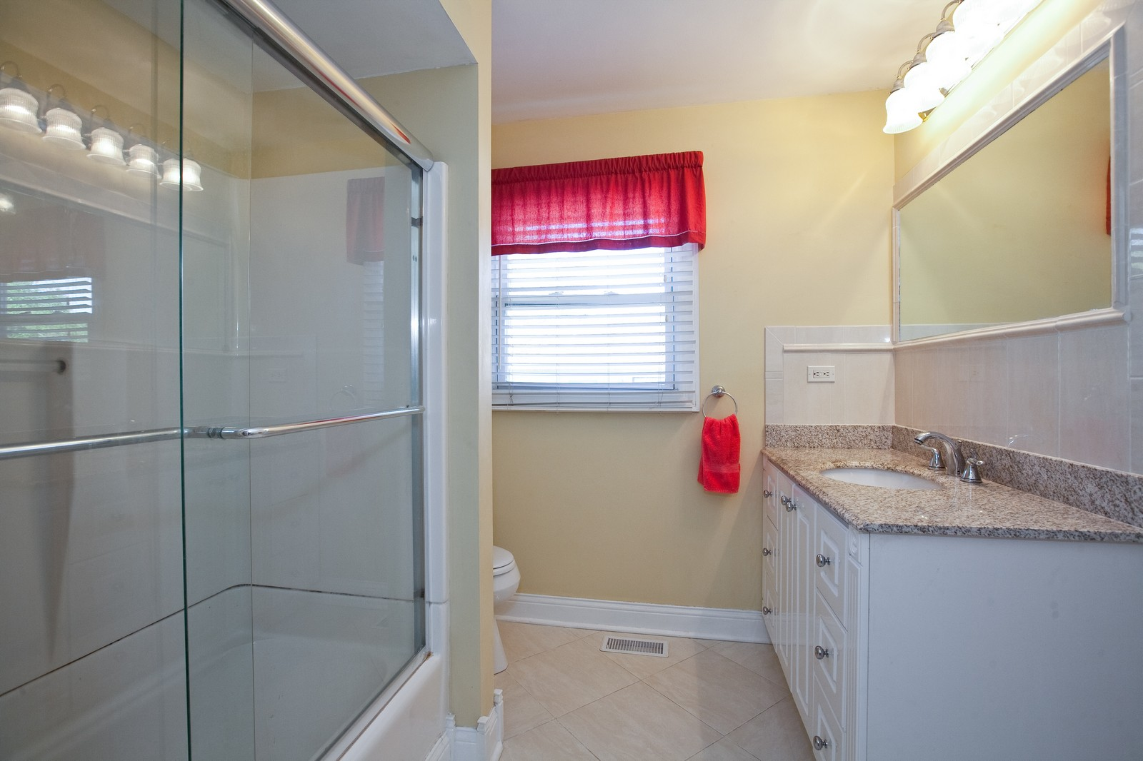 Real Estate Photography - 6511 Terrace, Downers Grove, IL, 60516 - Bathroom