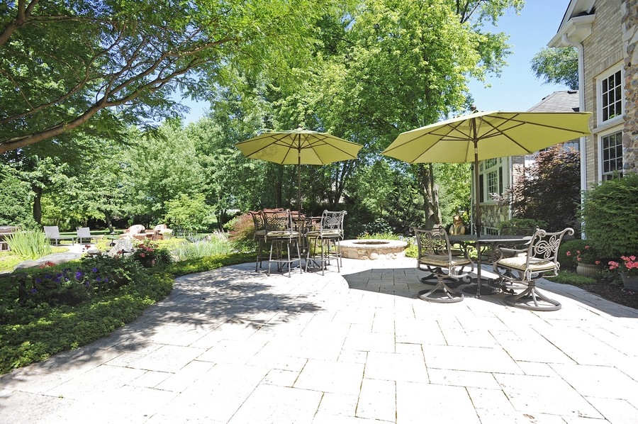 Real Estate Photography - 8S235 Murray Dr, Naperville, IL, 60540 - Location 9