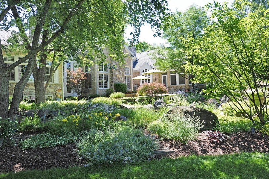 Real Estate Photography - 8S235 Murray Dr, Naperville, IL, 60540 - Location 10