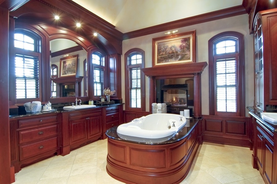 Real Estate Photography - 8S235 Murray Dr, Naperville, IL, 60540 - Master Bathroom