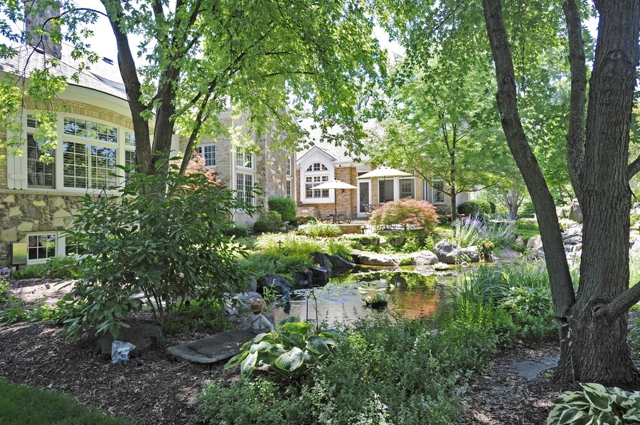 Real Estate Photography - 8S235 Murray Dr, Naperville, IL, 60540 - Location 13